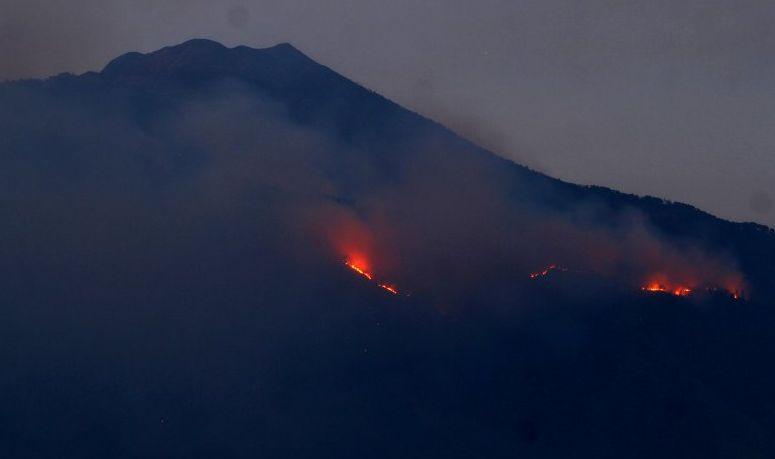 Titik Api Kembali Muncul di Gunung Arjuno