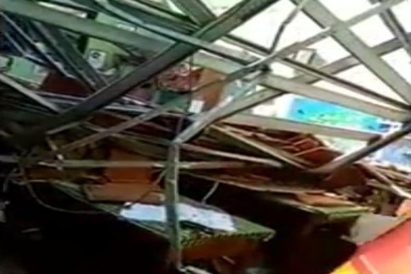 Gedung SD di Pasuruan Ambruk, Tewaskan Siswa dan Guru