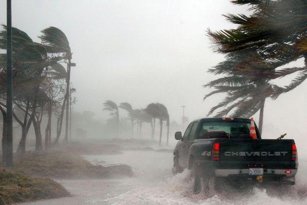 BMKG Imbau Waspadai Cuaca Ekstrem Masa Libur Nataru